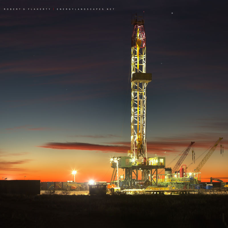 Precision Drilling Corp., drilling rig, sunrise, cold, dry, December, directional well, Pecos Texas, Delaware Basin, Permian Basin, long exposure, Precision Drilling Rig 612, 2018
