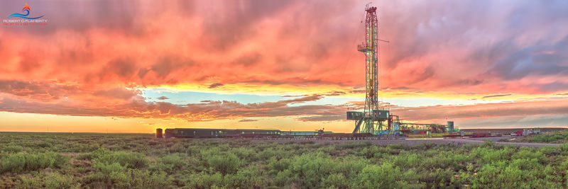 panorama, Delaware Basin, Permian Basin, fine art oil & gas photography, New Mexico, Lea County, drilling rig, high resolution, detail, Spring, thunderstorm, rain, wet