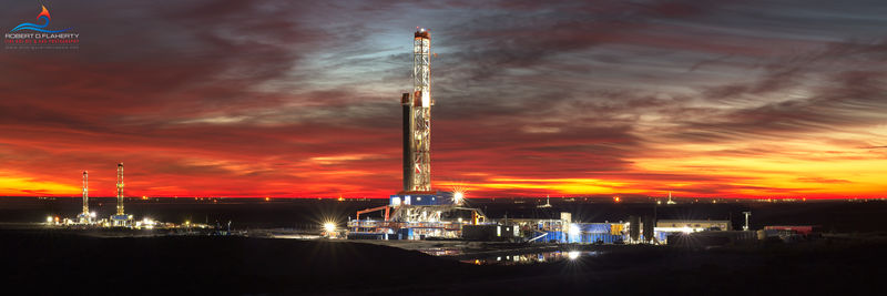 panorama, Texas, Orla Texas, Delaware Basin, drilling rig, sunrise, Patterson UTI Drilling, Chevron, pad drilling, sunrise, November