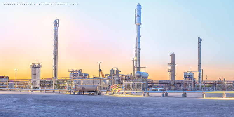 Pecos Texas, gas plant, sunset, Delaware Basin, Permian Basin, detail, gas plant construction, midstream, high resolution, panorama