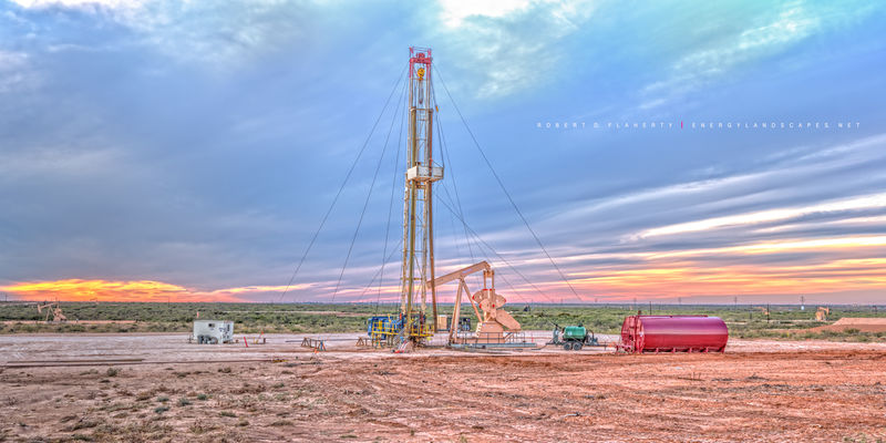 Key Energy, Well Servicing, Chevron, Midland Texas, Permian Basin, high resolution, panorama, Lufkin Pumping unit, Lufkin pumpjack, Lufkin pump jack, Permian Basin, sunset