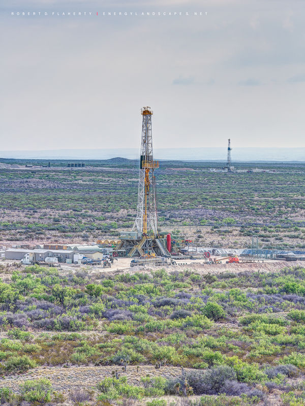 Cactus rig 110, high resolution, mountains, West Texas, Delaware Basin, lateral gas well, drilling rig, vertical print