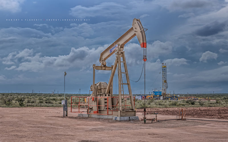 Shores pump jack, pumpjack, Lariat Drilling, Lariat Rig 11, Sandridge Energy,  directional well, Andrews Texas, Permian Basin, fall, thunderstorm