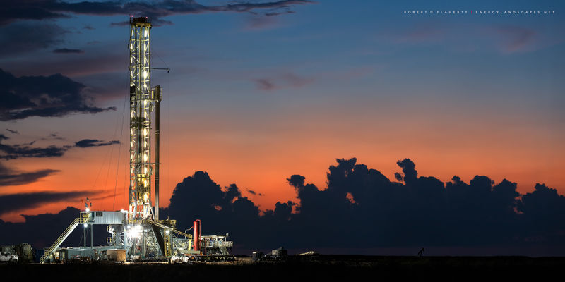 H&P, Drilling, Drilling rig, golden hour, Andrews Texas, sunset, Oil and Gas photography