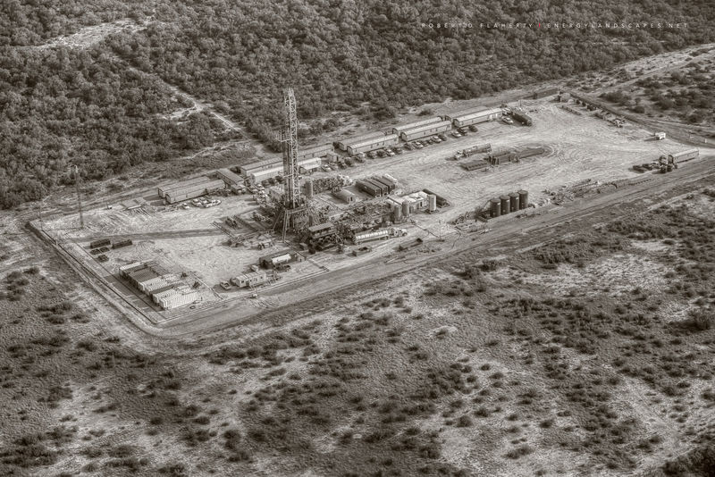 aerial photography, aerial oil & gas photography, aerial oilfield art, H&P Drilling, pad drilling, directional well, directional drilling, Eagle Ford, Texas, Kenyon Gyro, drilling rig, sepia, black &