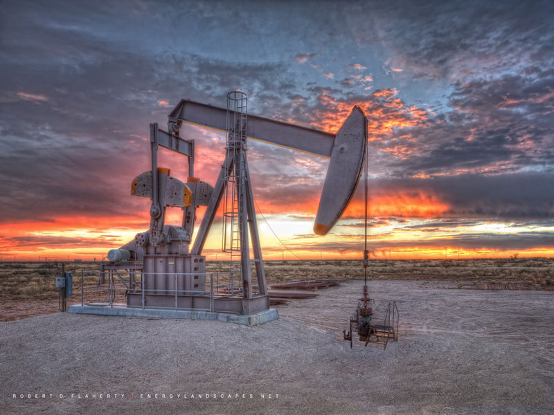 Sentry, Pumping Unit, Sentry pumpjack, Pump jack, oil & gas photography, Commissioned, Delaware Basin, Gas, Cimarex, EOG Resources, Anadarko, oil production, Culberson County Texas, Winter, sunset, la