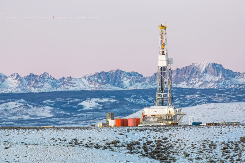Unit Corp., drilling rig, Wyoming, Pinedale, Pinedale Anticline, Wind River Mountains, Winter, snow, Yellowstone, Tetons, natural gas, wolves, mule dear, exploration
