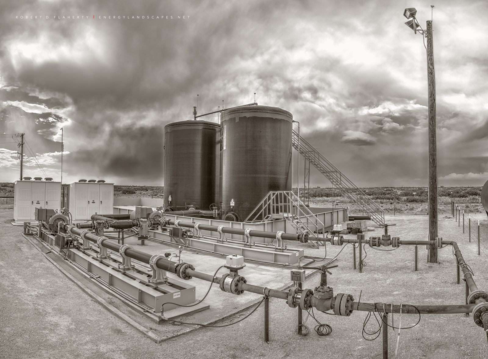 SWD Injection, SWD, Delaware Basin, New Mexico, sepia, black & white photography, fine art photography, fall, saltwater disposal unit, saltwater disposal facility , photo