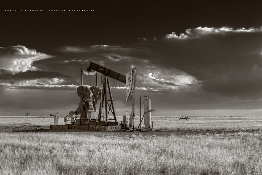 pump jack, Permian Basin, New Mexico, pumpjack, pumping unit, arctic cold front, cold front, oil, oil & gas photography, oilfield art, high resolution, sepia, black & white, spring, weather, landscape, photo