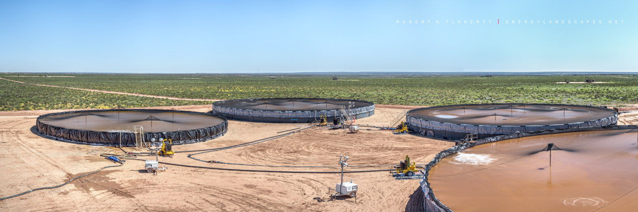 frac containment pond, oil & gas water assets, panorama, Orla Texas, Permian Basin, Delaware Basin, high resolution, water recycling, oil & gas water recycling, frac water, frac water recycling, photo