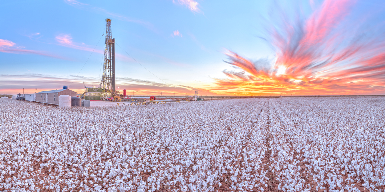 Tall Cotton, Tarzan Texas, Texas, drilling rig, mural, sunset, cotton, farming, vacuum Enclosure, perspective control lens, high resolution, Pioneer Natural Resources