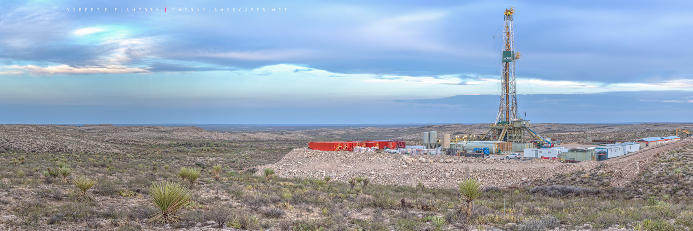 Gato Del Sol, Cactus Drilling, mural high resolution, lateral gas well, lateral drilling, Permian Basin, Delaware Basin, Western Texas, Texas, drilling rig, panorama, gas well, oil w, photo