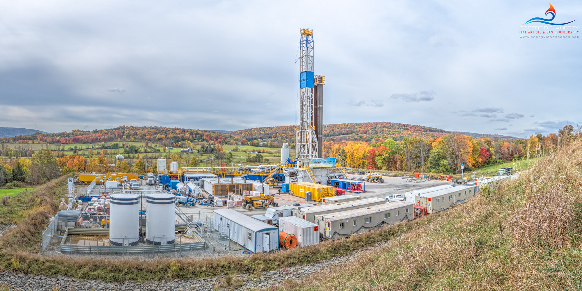 Autumn, Susquehanna County, Pennsylvania, drilling rig, Marcellus Shale, gas well, natural gas, lateral well, fall, Nomac, Nomac Drilling, mural, October, panorama
