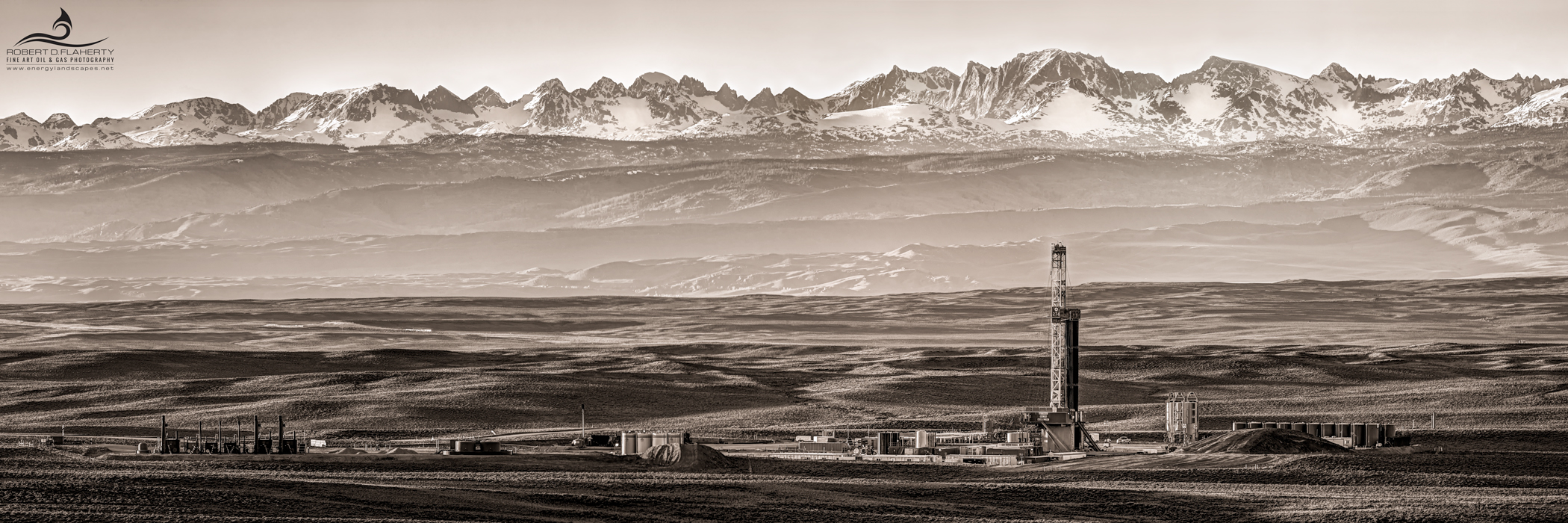 Patterson UTI, drilling rig, 2014, Wyoming, Wind River Mountains, Pinedale Anticline, high resolution, panorama, panoramic, spring, snow, gigapixel, sepia, black & white, photo