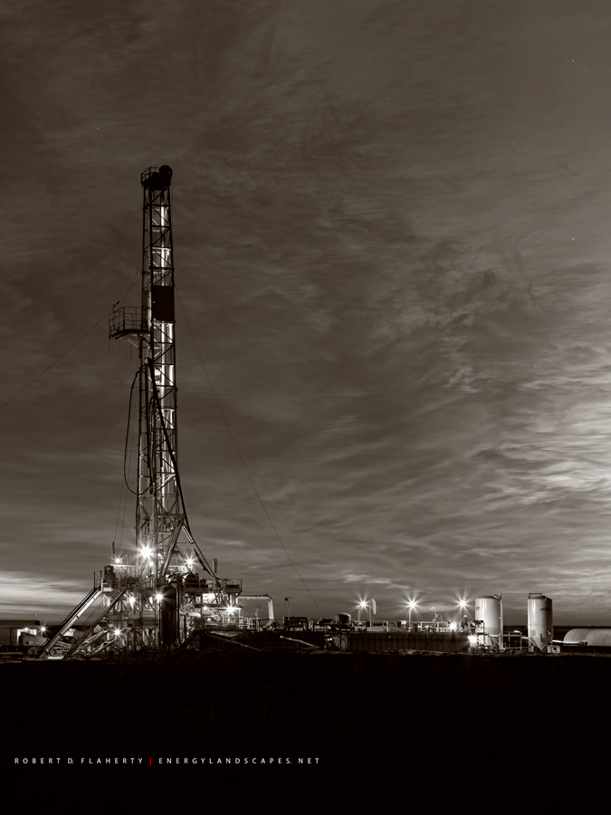 drilling rig, Precision Drilling, Rig 573, lateral well, Permian Basin, Delaware Basin, Barstow Texas, Texas, sunrise, photo
