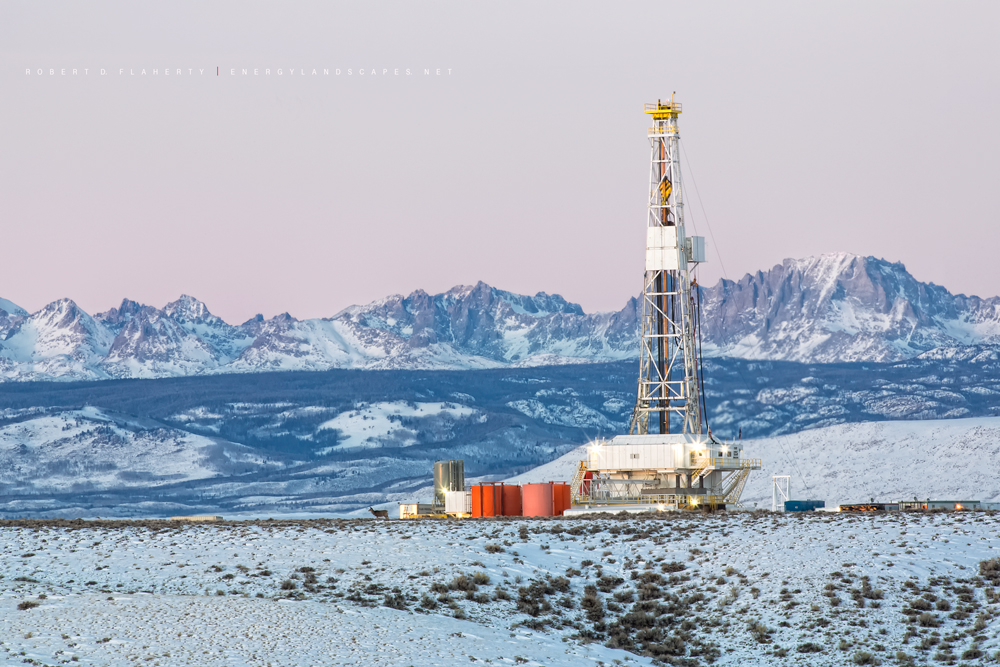 Unit Corp., drilling rig, Wyoming, Pinedale, Pinedale Anticline, Wind River Mountains, Winter, snow, Yellowstone, Tetons, natural gas, wolves, mule dear, exploration , photo