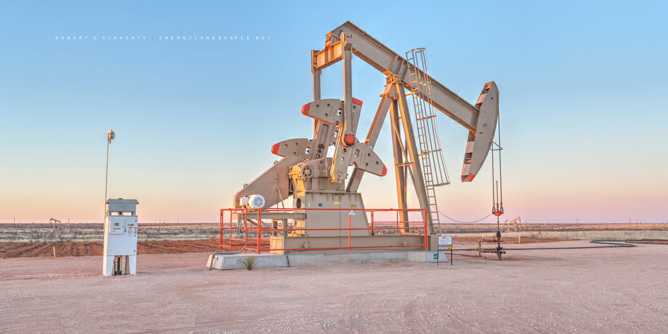 Sandridge Energy, Shores pumpjack, University Lands, pumpjack, Andrews, Texas, Zeiss Otus 55mm, panorama, color, Texas, Alto New Mexico, pastel, oilfield art, high resolution , photo