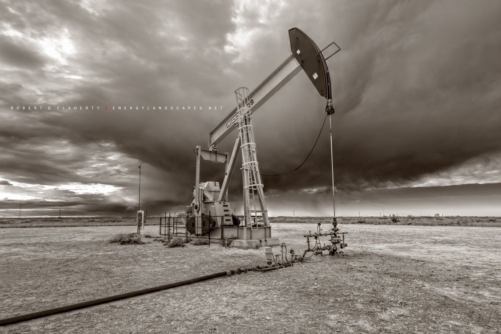 Oxy USA, Permian Basin, New Mexico, Antelope Ridge, Winter Sepia,sepia toned black & white, black & white photograph, pumpjack, pumping unit, pump jack, oil & gas production, high resolution, perspect, photo