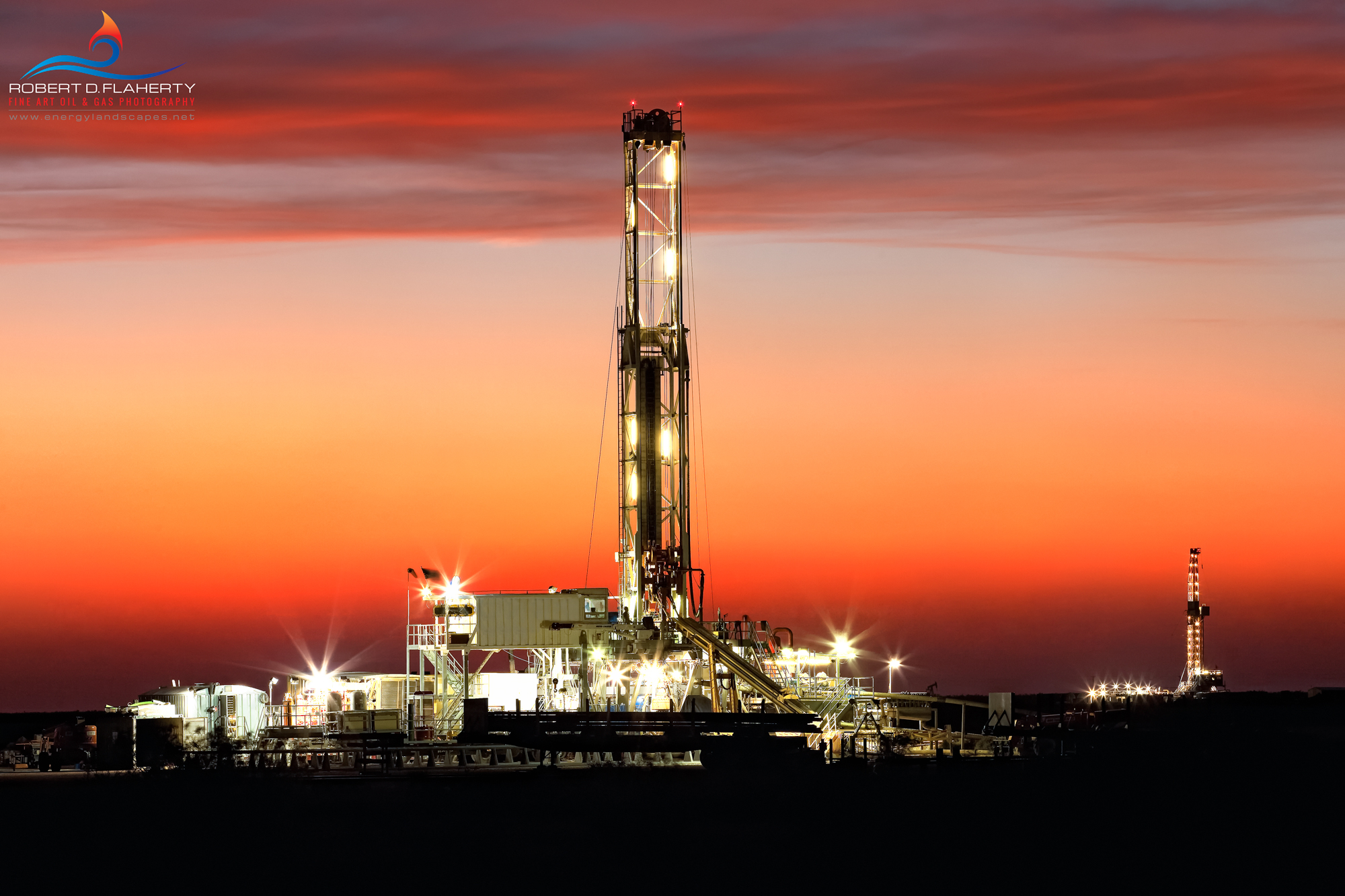 Drilling rig, Midland County Texas, evening tour, evening tower, oil drilling, sunset, oil and gas photography, Permian Basin, H&P Drilling, photo