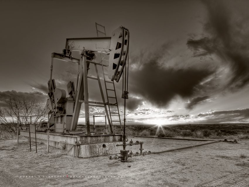 Sepia, Pump Jack, Pumpjack, Concho, New Mexico, Eddy County, Houston, Interior Design, photo