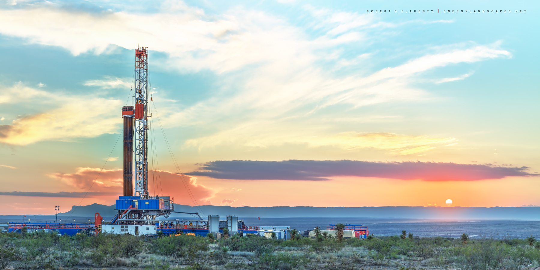 pad drilling, panorama, high resolution, Guadalupe Pass, Western Texas, New Mexico, Chevron, Delaware Basin, Permian Basin, drilling rig, mountains, Guadalupe Mountains, Orla Texas, Fall, sunset, mura, photo